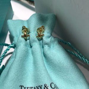 Tiffany & Co gold stud earring